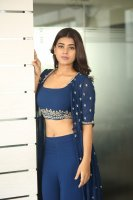 Yamini-Bhaskar-Latest-Stills-(12)